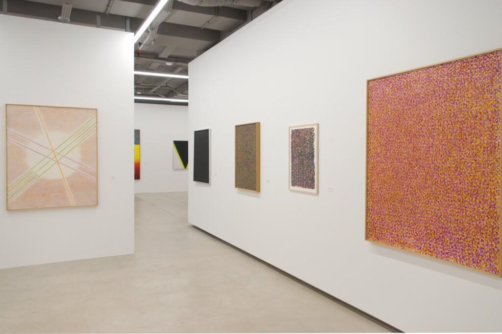 Widok wystawy Stefana Gierowskiego