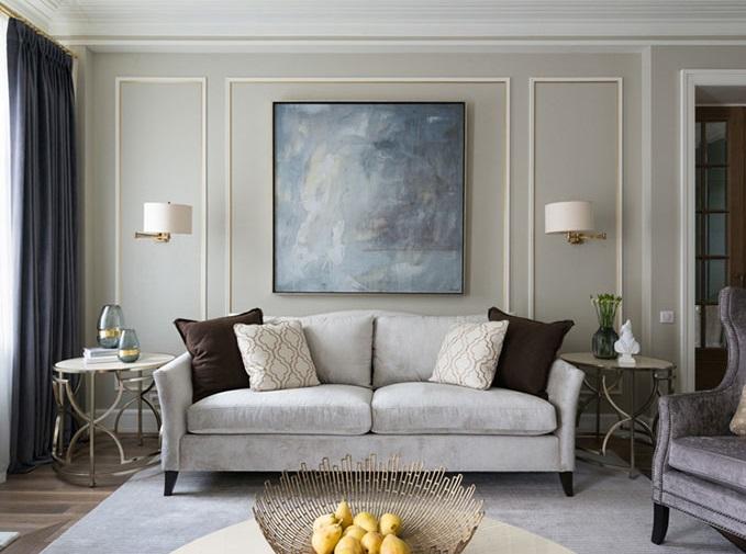 Nowoczesny obraz abstrakcyjny w klasycznym eleganckim wnętrzu.