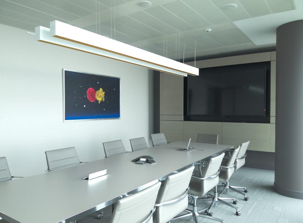 Obraz we wnętrzu biura, sztuka jako element kształtowania wizerunku firmy. Autor obrazu - Henryk Laskowski